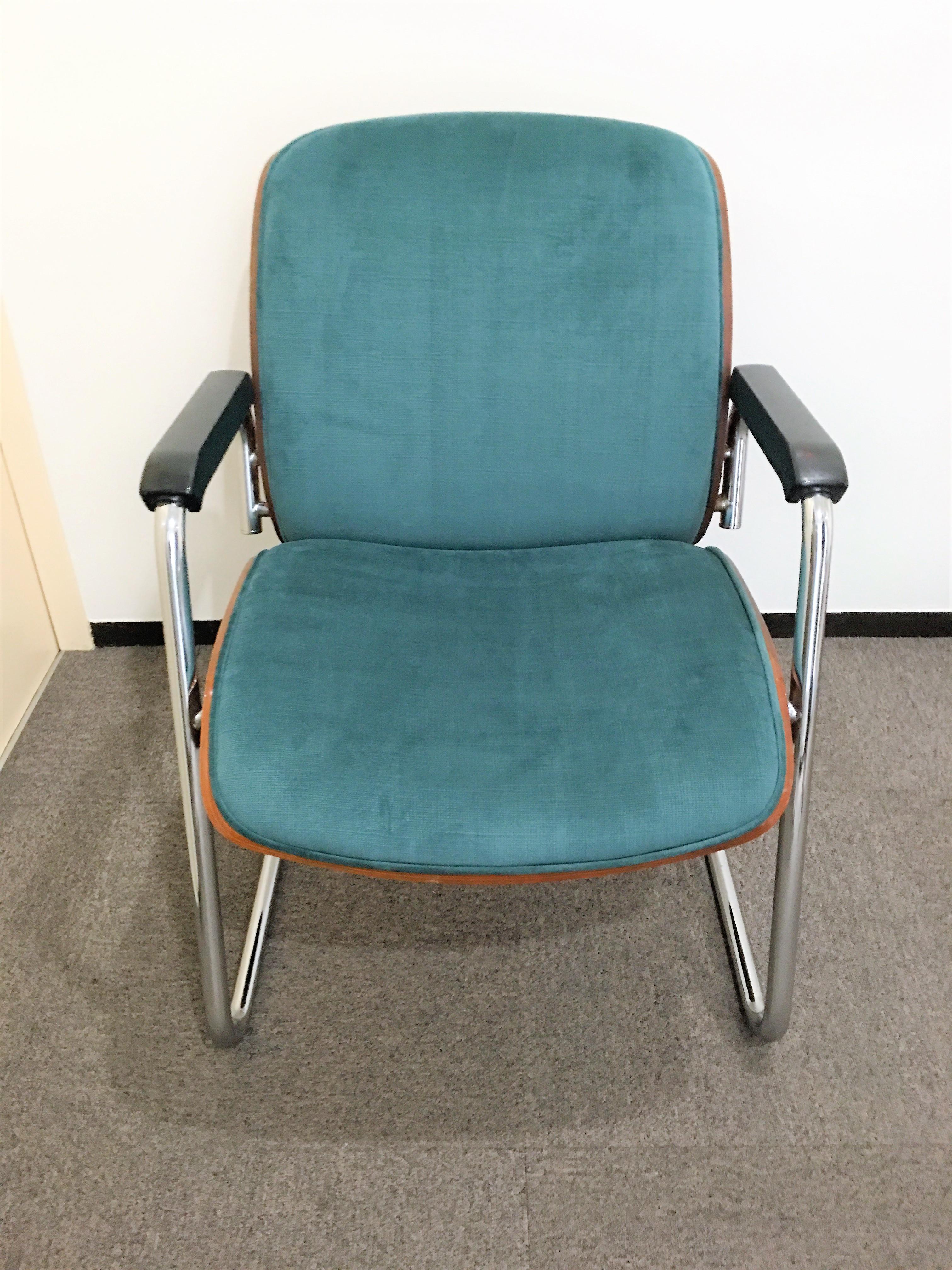 椅子張替え後